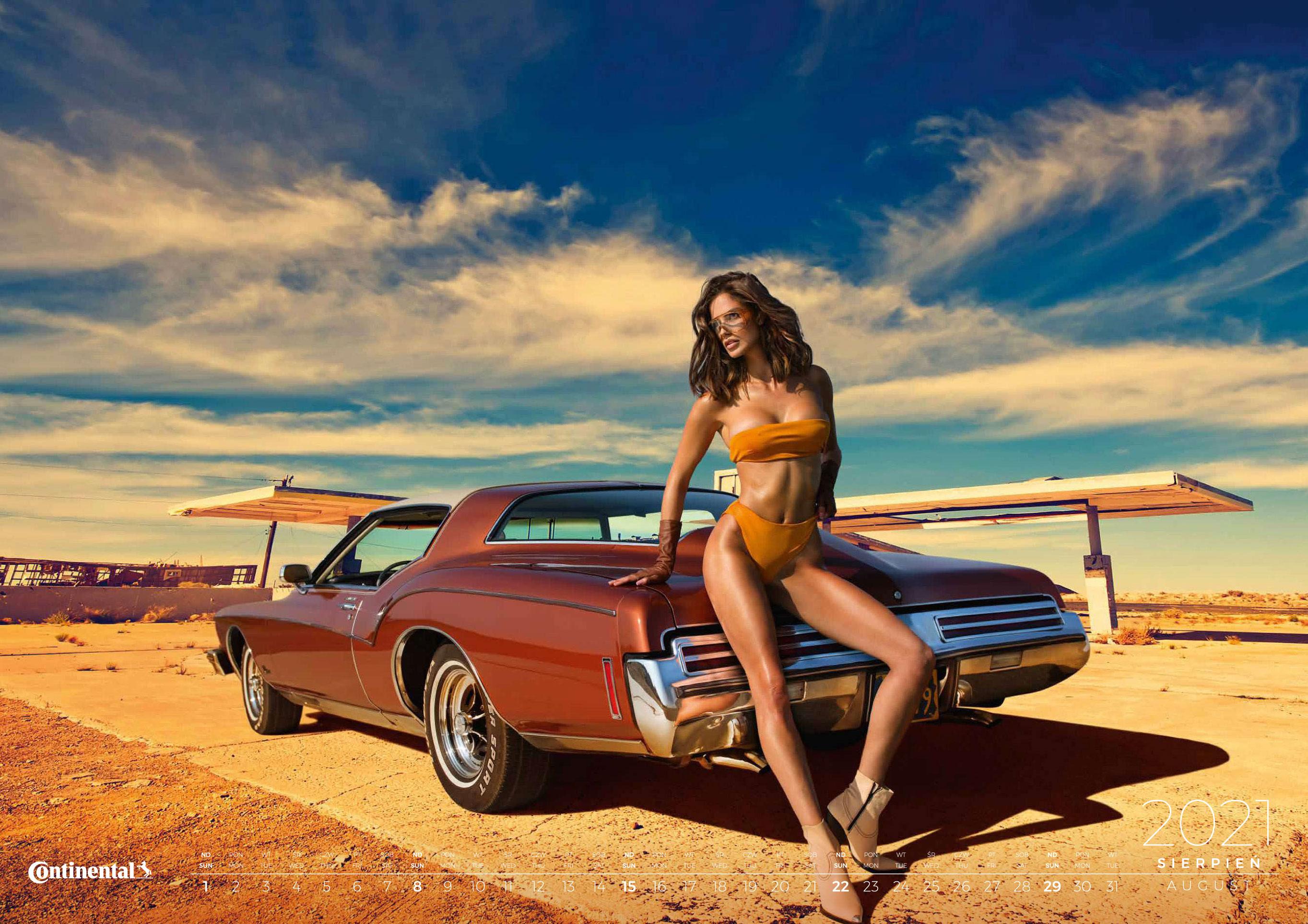 календарь с девушками и автомобилями на 2021 год / август