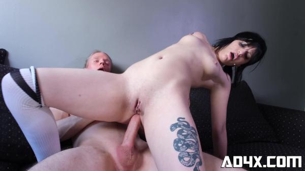 AD4X -20 Alice Dupre